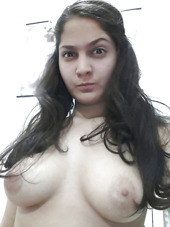 Indian NRI girl showing her nude body 1 - Indian NRI girl showing her nude body