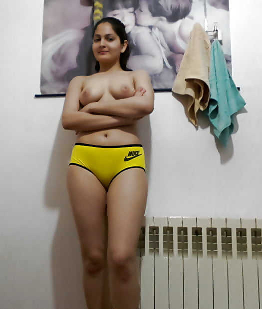 Indian NRI girl showing her nude body 6 - Indian NRI girl showing her nude body