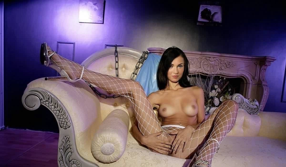 Megan Fox Rubbing Pussy - 56 Collection Megan Fox Hot Nude xxx Pics
