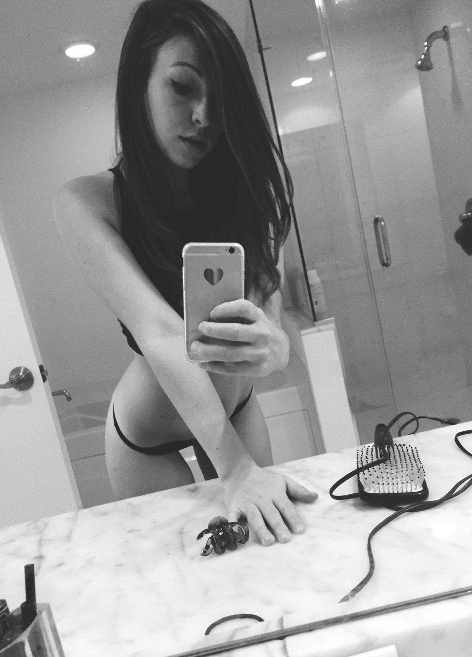 Real Girl Love Nude Selfie With Iphone 1 19 - Real Girl Love Nude Selfie With Iphone Part 1
