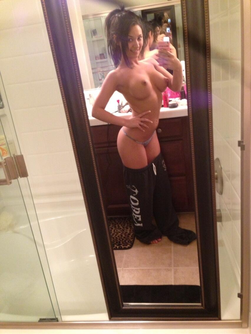 Real Girl Love Nude Selfie With Iphone 1 2 - Real Girl Love Nude Selfie With Iphone Part 1