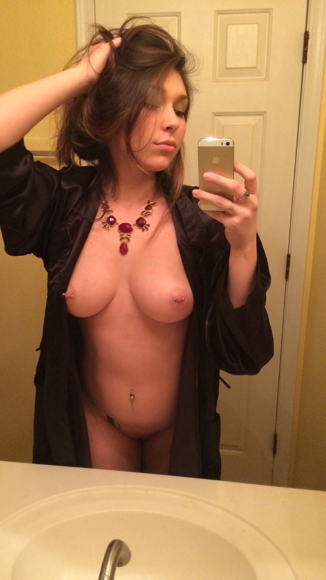 Real Girl Love Nude Selfie With Iphone 1 22 - Real Girl Love Nude Selfie With Iphone Part 1