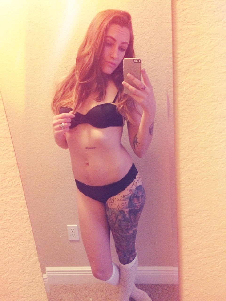 Real Girl Love Nude Selfie With Iphone 1 24 - Real Girl Love Nude Selfie With Iphone Part 1
