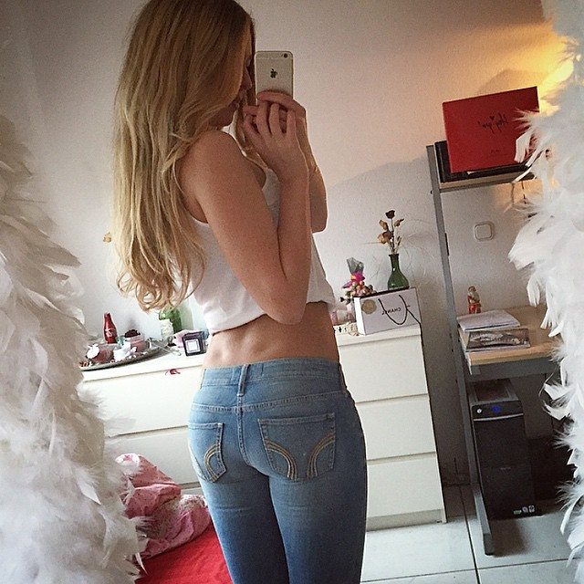 Real Girl Love Nude Selfie With Iphone 1 25 - Real Girl Love Nude Selfie With Iphone Part 1