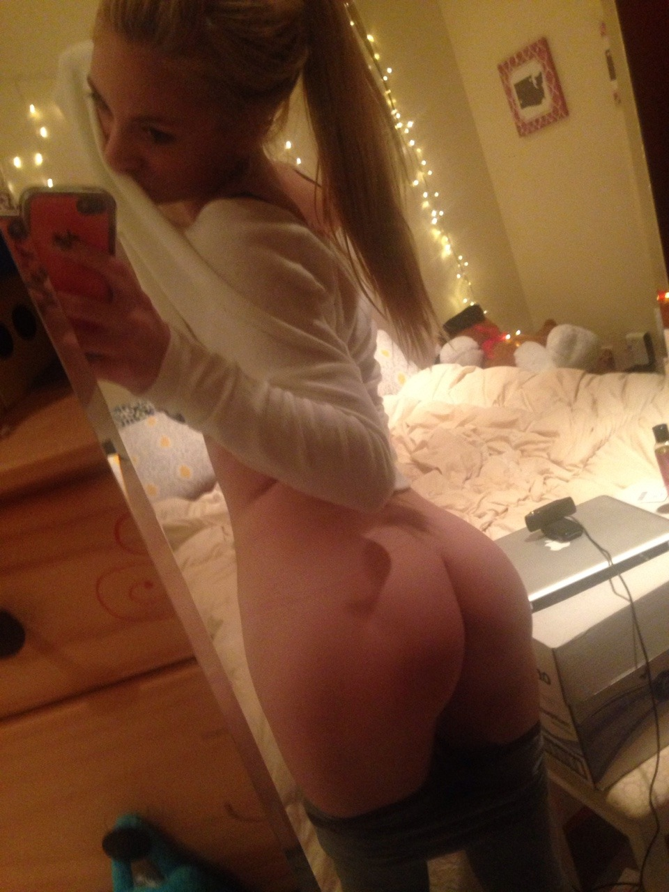 Real Girl Love Nude Selfie With Iphone 1 39 - Real Girl Love Nude Selfie With Iphone Part 1
