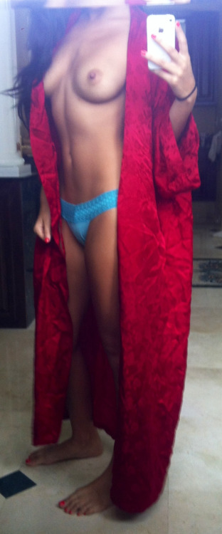 Real Girl Love Nude Selfie With Iphone 5 30 - 56 Real Girl Love Nude Selfie With Iphone Part 5