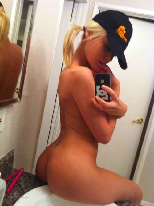 Real Girl Love Nude Selfie With Iphone Part 2 17 - Real Girl Love Nude Selfie With Iphone Part 2