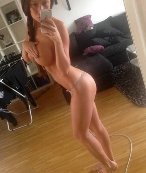 Real Girl Love Nude Selfie With New Iphone 6 18 - 60+ Real Girl Love Nude Selfie With New Iphone Part 6