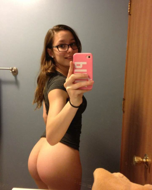 Real Girl Love Nude Selfie With New Iphone 6 42 - 60+ Real Girl Love Nude Selfie With New Iphone Part 6
