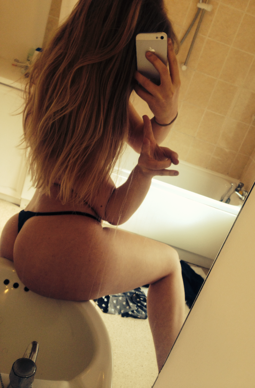 Real Girl Love Nude Selfie With New Iphone 9 2 - 59 Pics Real Girl Love Nude Selfie With New Iphone Part 9