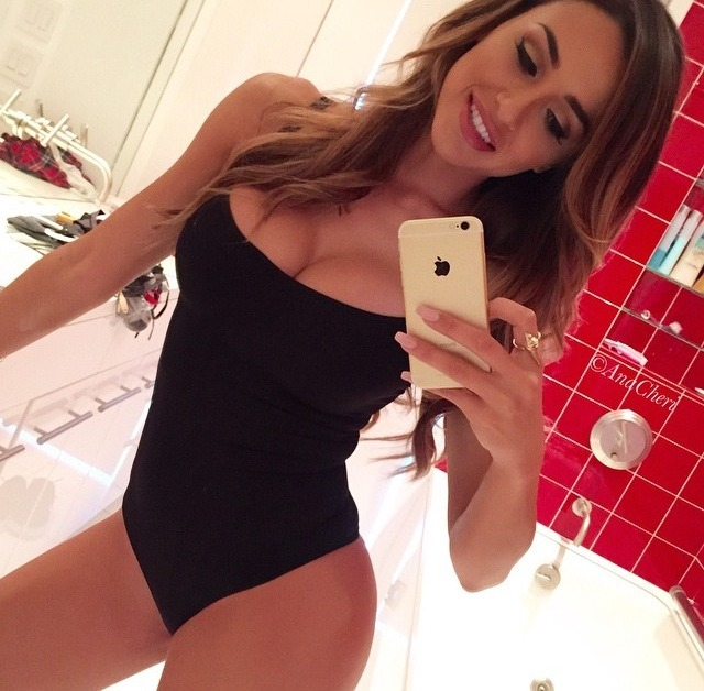 Real Girl Love Nude Selfie With New Iphone 9 32 - 59 Pics Real Girl Love Nude Selfie With New Iphone Part 9