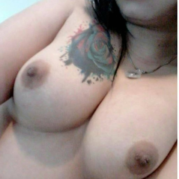 nUObUrQJKS4 - Teen girl show tatto in tits 2018