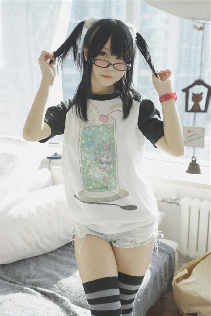 BITmjNNTbCY 683x1024 - asian cute girl cosplay sexy nude