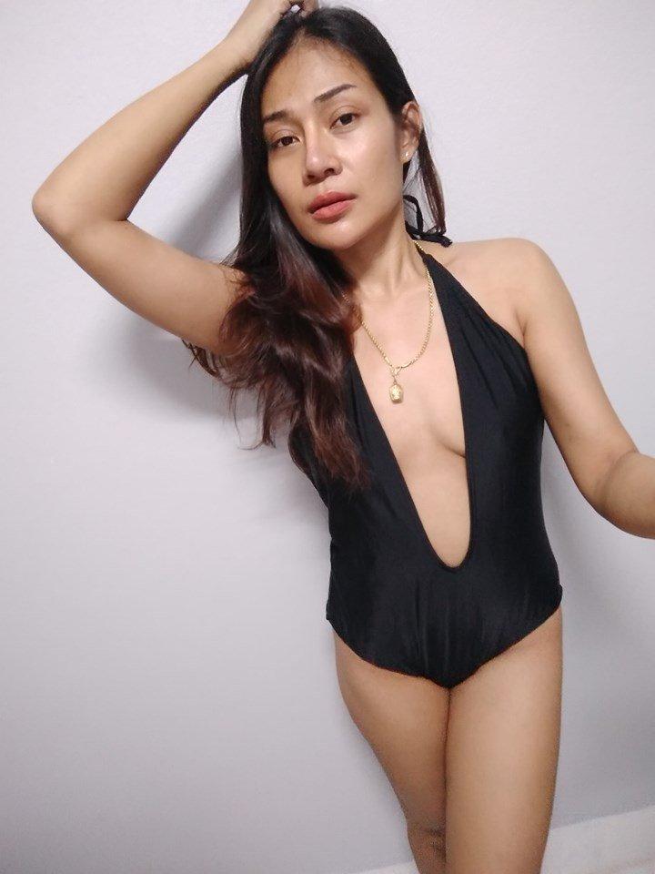 VqIRvSehNCE - Sexy selfie with bikini thai girl hottes 2019