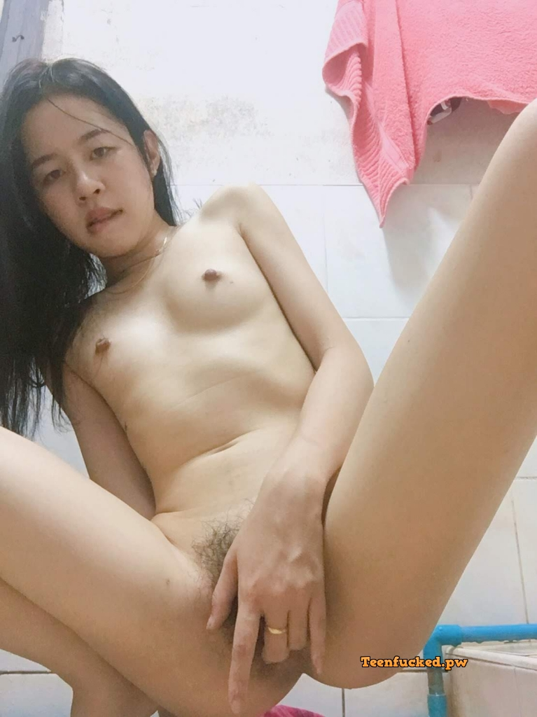 H9s8Kck wIE wm - 27 Beautiful amateur selfie girl naked in the bathroom show pussy 2020