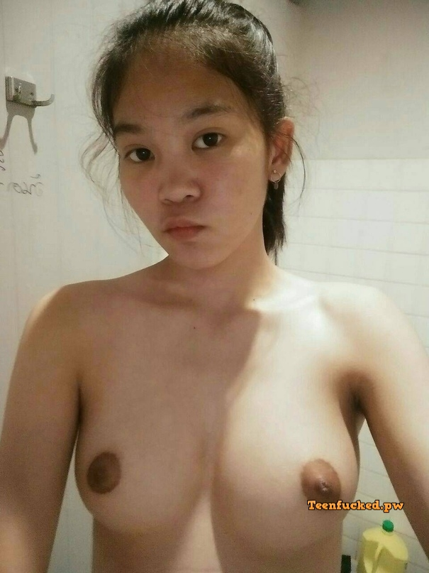 c T zFtqQNM wm - Asian village girl first selfie naked in front of glass 2020
