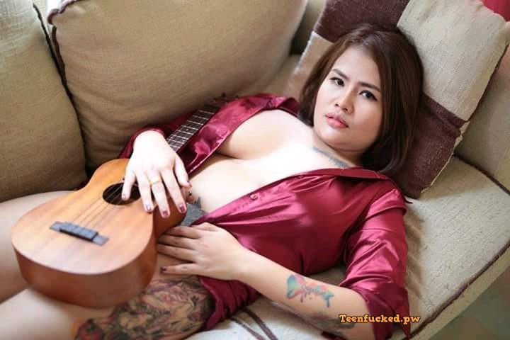 rnX DvpLj5o wm - Hot boobs thai model sexy photo & selfie 2020