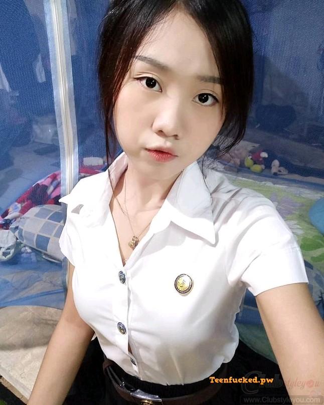 OHdp49Uz4ic wm - Pretty asian teen sexy pose photo 2020