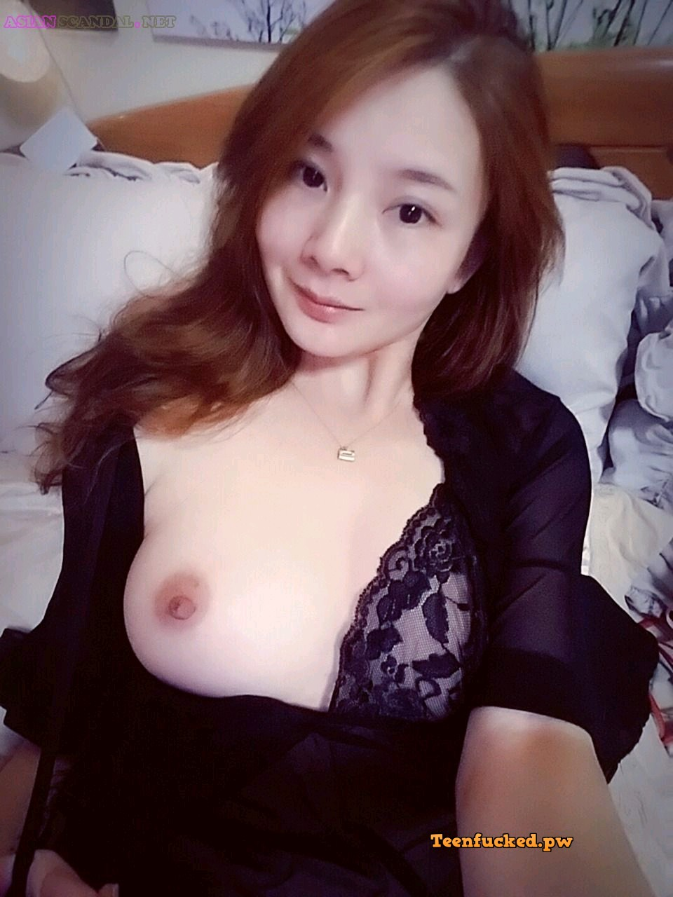 lQlosYPHgh8 wm - Cute asian girl selfie big tits very hot 2020