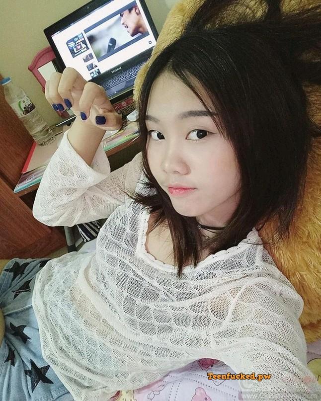 nBYBZdsoFEE wm - Pretty asian teen sexy pose photo 2020